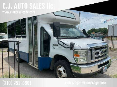 2009 Ford E-Series Chassis for sale at C.J. AUTO SALES llc. in San Antonio TX