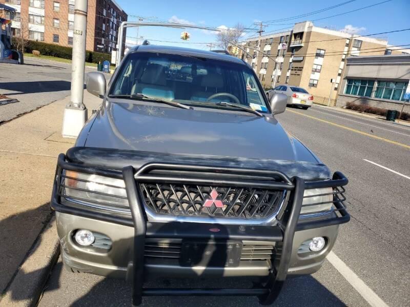 2001 Mitsubishi Montero Sport for sale at OFIER AUTO SALES in Freeport NY