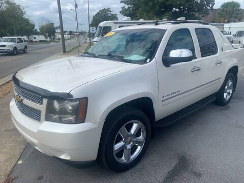 2013 Chevrolet Avalanche for sale at LEE AUTO SALES & SERVICE INC in Valdosta GA