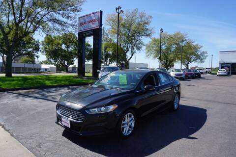 2015 Ford Fusion for sale at Ideal Wheels in Sioux City IA