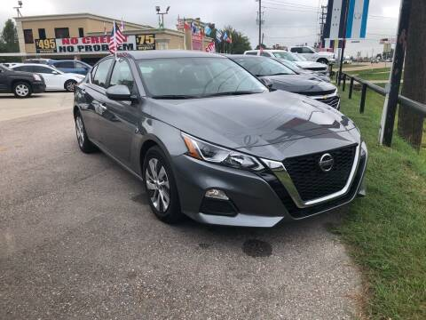 2019 Nissan Altima for sale at FREDY CARS FOR LESS in Houston TX
