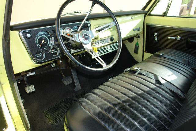 1970 Chevrolet C/K 10 Series 29