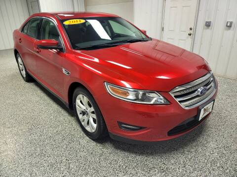 2011 Ford Taurus for sale at LaFleur Auto Sales in North Sioux City SD