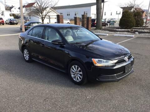 2013 Volkswagen Jetta for sale at Bromax Auto Sales in South River NJ