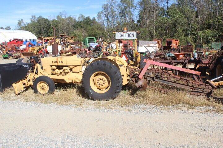 1984 Ford 540 for sale at Vehicle Network - Joe's Tractor Sales in Thomasville NC