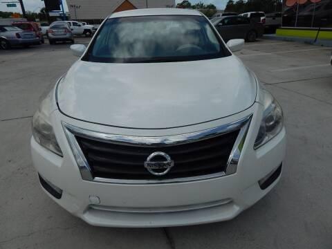 2015 Nissan Altima for sale at Auto Outlet of Sarasota in Sarasota FL