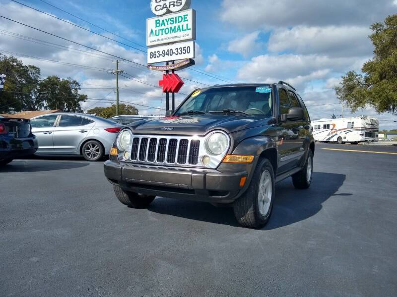 2005 Jeep Liberty for sale at BAYSIDE AUTOMALL in Lakeland FL