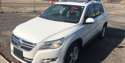 2010 Volkswagen Tiguan for sale at AUTO OUTLET in Taunton MA