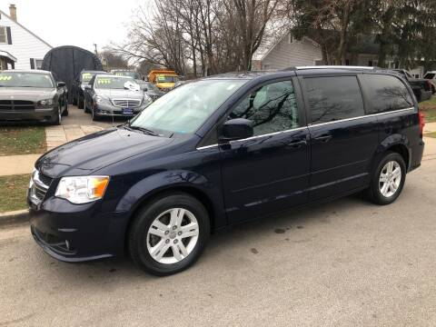 2013 Dodge Grand Caravan for sale at CPM Motors Inc in Elgin IL