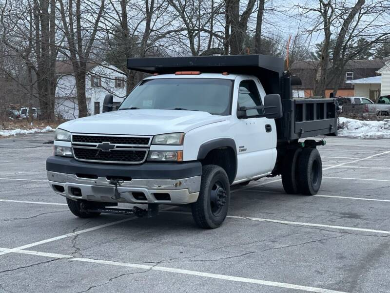 2007 Chevrolet Silverado 3500 CC Classic for sale at Hillcrest Motors in Derry NH
