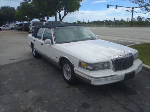 1997 Lincoln Town Car for sale at LAND & SEA BROKERS INC in Pompano Beach FL