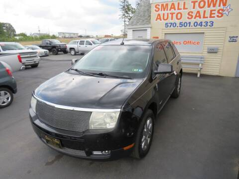 2008 Lincoln MKX for sale at Small Town Auto Sales in Hazleton PA