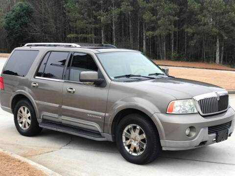 2003 Lincoln Navigator for sale at Two Brothers Auto Sales in Loganville GA