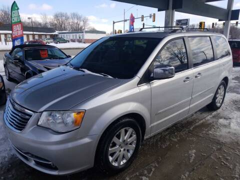2012 Chrysler Town and Country for sale at Springfield Select Autos in Springfield IL