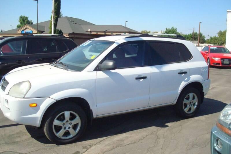 2007 Hyundai Tucson for sale at Tom's Car Store Inc in Sunnyside WA