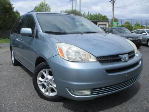 2005 Toyota Sienna for sale at Unlimited Auto Sales Inc. in Mount Sinai NY