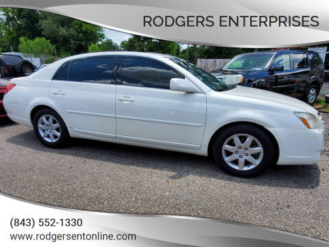 2007 Toyota Avalon for sale at Rodgers Enterprises in North Charleston SC