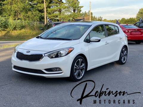 2016 Kia Forte5 for sale at Robinson Motorcars in Hedgesville WV