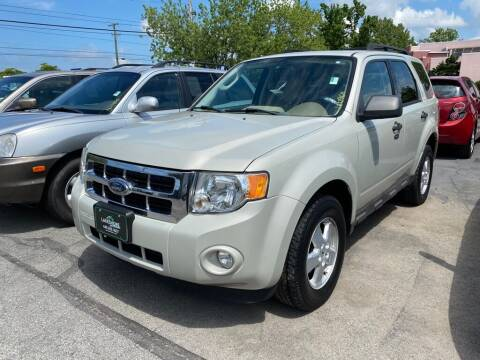 2009 Ford Escape for sale at Lakeshore Auto Wholesalers in Amherst OH