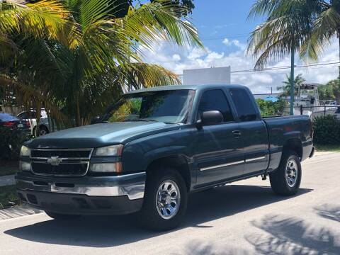 2007 Chevrolet Silverado 1500 Classic for sale at L G AUTO SALES in Boynton Beach FL