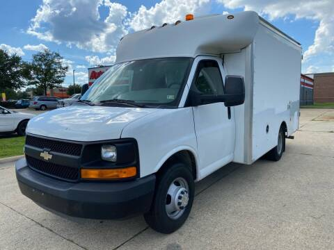 2010 Chevrolet Express Cutaway for sale at TOWNE AUTO BROKERS in Virginia Beach VA