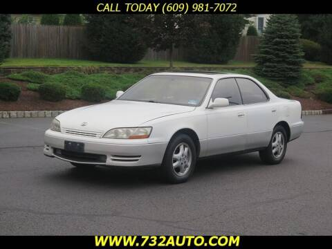 1996 Lexus ES 300 for sale at Absolute Auto Solutions in Hamilton NJ