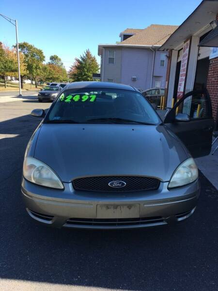 2005 Ford Taurus for sale at USA Motors in Revere MA