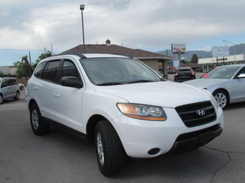 2009 Hyundai Santa Fe for sale at Crown Auto in South Salt Lake City UT