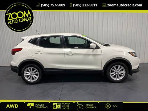 2017 Nissan Rogue Sport for sale at ZoomAutoCredit.com in Elba NY