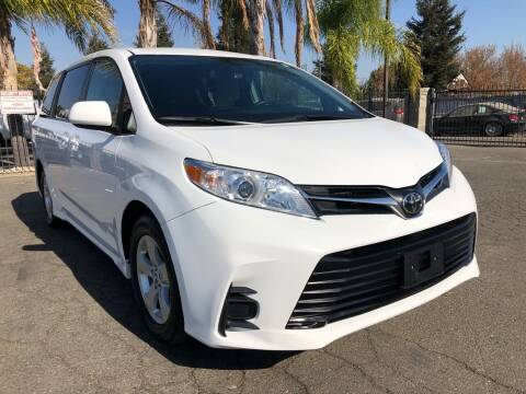 2018 Toyota Sienna for sale at Moun Auto Sales in Rio Linda CA