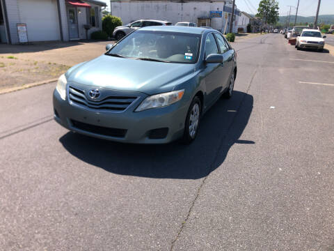 2010 Toyota Camry for sale at 25TH STREET AUTO SALES in Easton PA