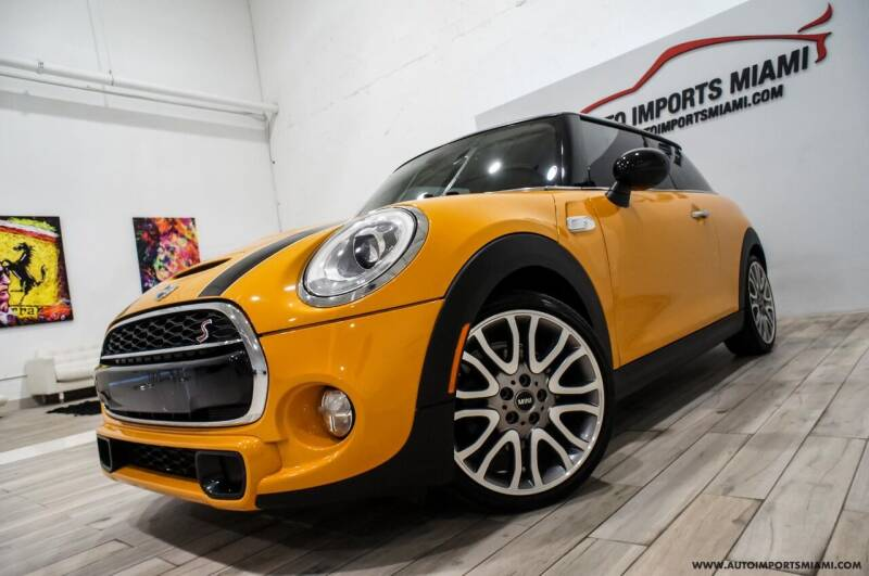 2015 MINI Hardtop 2 Door for sale at AUTO IMPORTS MIAMI in Fort Lauderdale FL