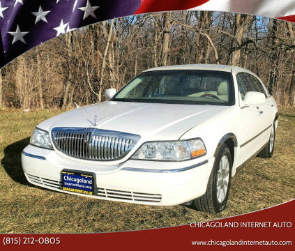 2010 Lincoln Town Car for sale at Chicagoland Internet Auto - 410 N Vine St New Lenox IL, 60451 in New Lenox IL