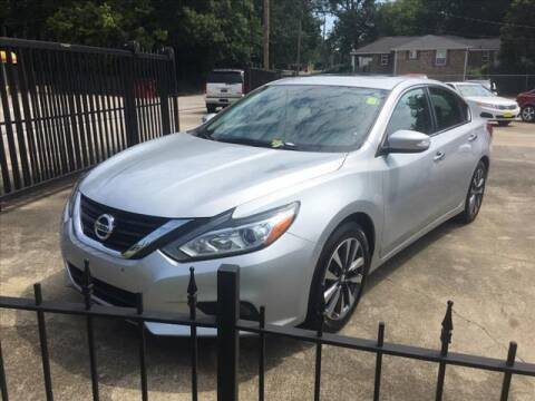 2017 Nissan Altima for sale at TR Motors in Opelika AL