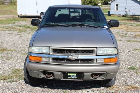 2004 Chevrolet S-10 for sale at Bailey & Sons Motor Co in Lyndon KS