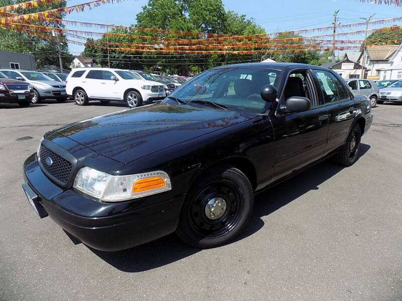 2011 Ford Crown Victoria for sale in Minneapolis, MN