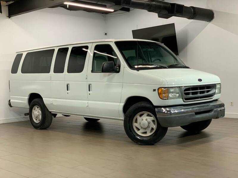 2002 Ford E-Series Wagon for sale at Texas Prime Motors in Houston TX