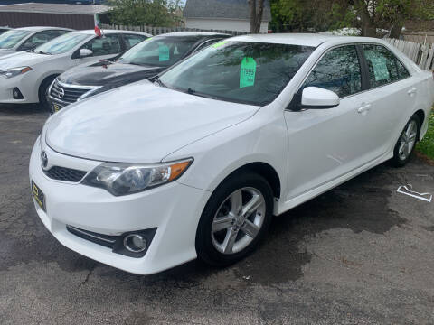 2014 Toyota Camry for sale at PAPERLAND MOTORS in Green Bay WI