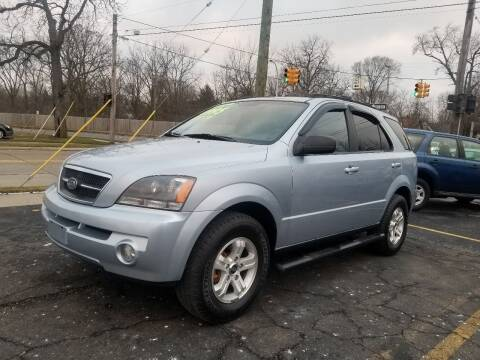 2005 Kia Sorento for sale at DALE'S AUTO INC in Mt Clemens MI