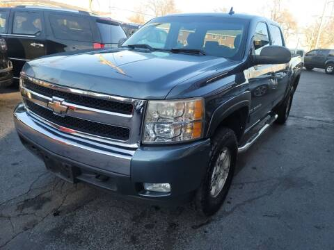 2007 Chevrolet Silverado 1500 for sale at TOP YIN MOTORS in Mount Prospect IL