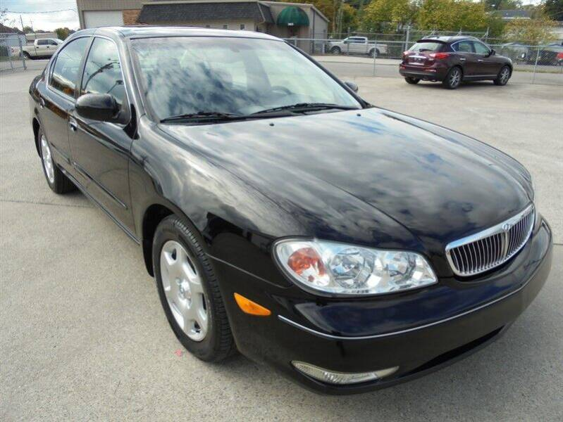 2001 Infiniti I30 for sale at PIONEER AUTO SALES LLC in Cleveland TN
