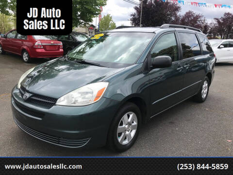 2005 Toyota Sienna for sale at JD Auto Sales LLC in Fife WA