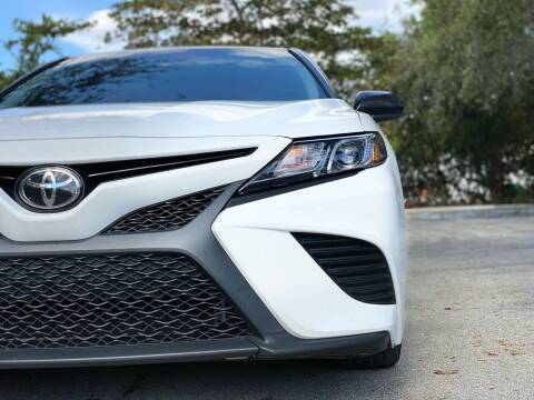 2018 Toyota Camry for sale at HIGH PERFORMANCE MOTORS in Hollywood FL