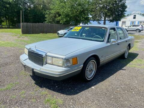 1994 Lincoln Town Car for sale at Import Auto Mall in Greenville SC