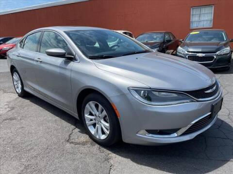 2016 Chrysler 200 for sale at HUFF AUTO GROUP in Jackson MI