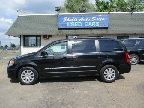 2014 Chrysler Town and Country for sale at SHULTS AUTO SALES INC. in Crystal Lake IL