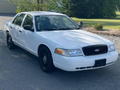 2007 Ford Crown Victoria for sale at ECONO AUTO INC in Spotsylvania VA