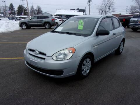 2009 Hyundai Accent for sale at Ideal Auto Sales, Inc. in Waukesha WI