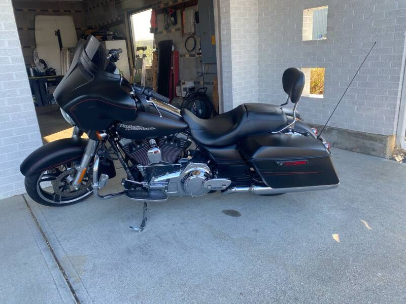 2014 Harley-Davidson Street Glide for sale at Wendell Greene Motors Inc in Hamilton OH