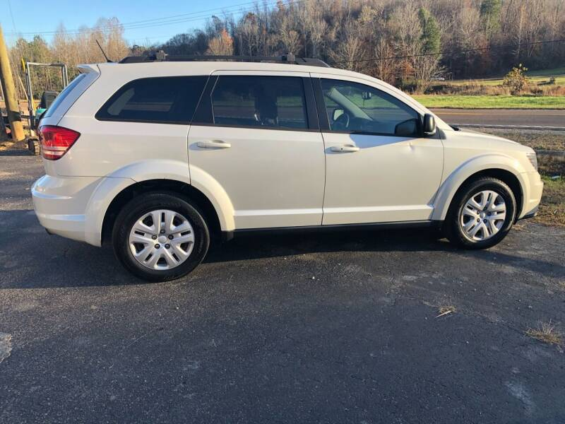 2014 Dodge Journey for sale at Monroe Auto's, LLC in Parsons TN